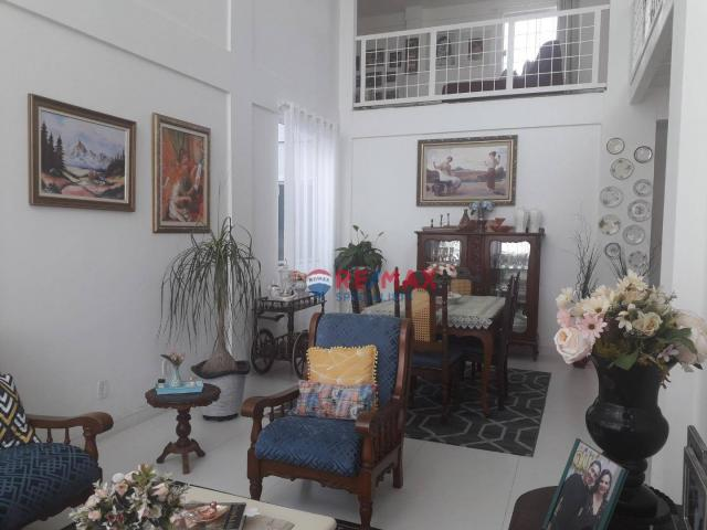 RE/MAX Specialists vende linda casa localizado no bairro Felícia. - Foto 2