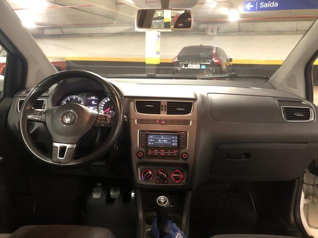 Volkswagen Fox 1.6 Highline Flex Manual - Teto Solar - 2014 - Foto 5