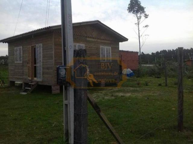 casa mista no bairro paraíso, em Passo de Torres, sc.