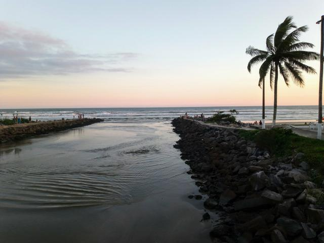 Feriadão de Páscoa na praia - Foto 5