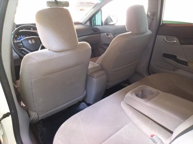 Honda Civic LXS 1.8 13/14 - Foto 11