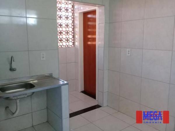 Apartamento com 2 dormitórios para alugar, 100 m² por R$ 1.100,00/mês - Amadeu Furtado - F - Foto 5
