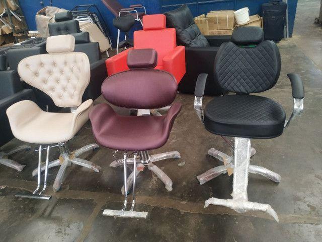 Cadeira hidráulica salão beleza *** fábrica de móveis pra salão de beleza - Foto 3