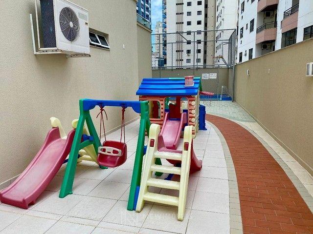 Excelente Apartamento com 3 Suítes e 2 Vagas em Balneário Camboriú - Foto 20