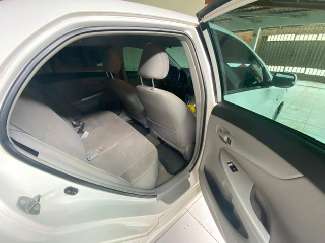 Corolla GLI 1.8 Automático 2014 - Foto 11