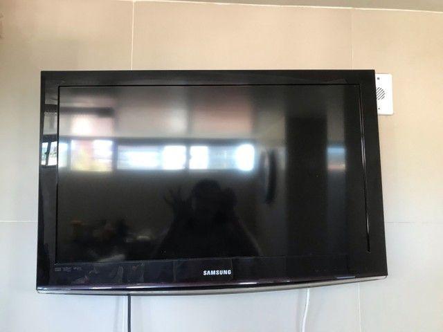 televisão quebrada - Foto 2