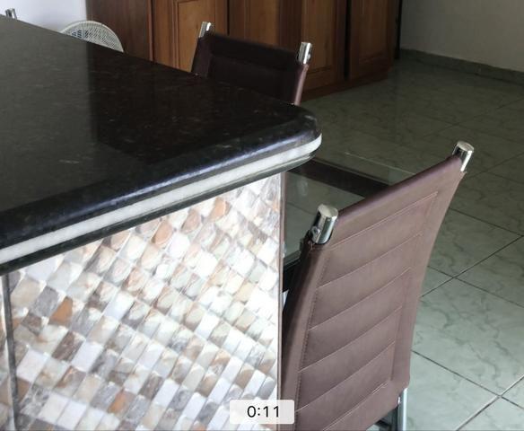 Mesa retangular de vidro 4 cadeiras