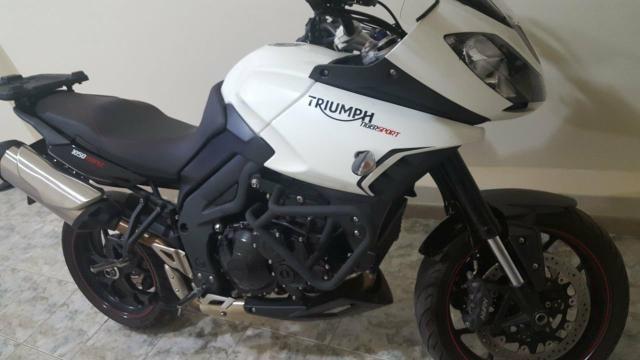 Vendo moto Triumph Tiger Sport 1050