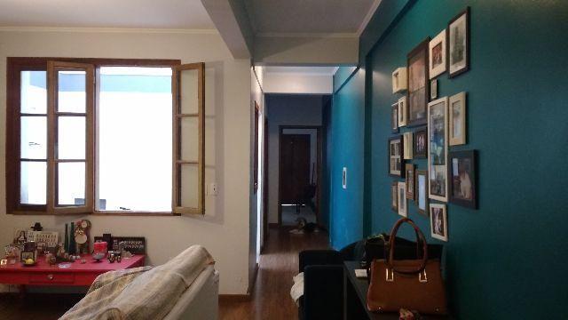 Sobrado Centro de Pelotas/RS - 03 Dormitórios- 01 Suíte - (53)99910.5643