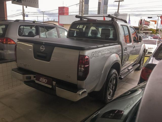 NISSAN FRONTIER 2016/2016 2.5 SV ATTACK 4X4 CD TURBO ELETRONIC DIESEL 4P AUTOMÁTICO - Foto 6