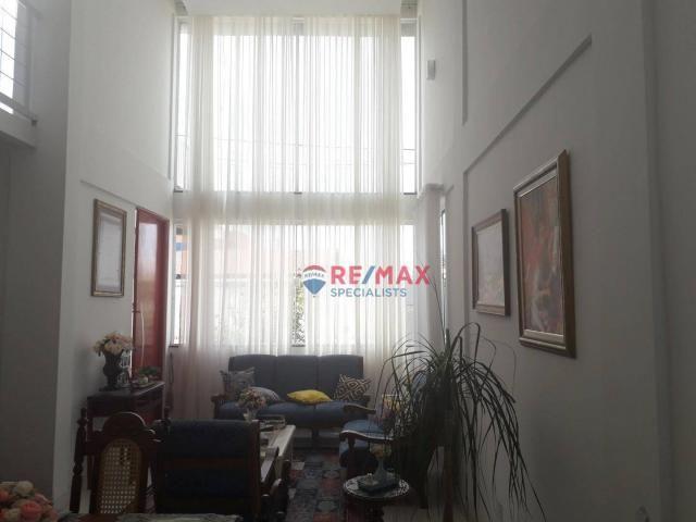 RE/MAX Specialists vende linda casa localizado no bairro Felícia. - Foto 9