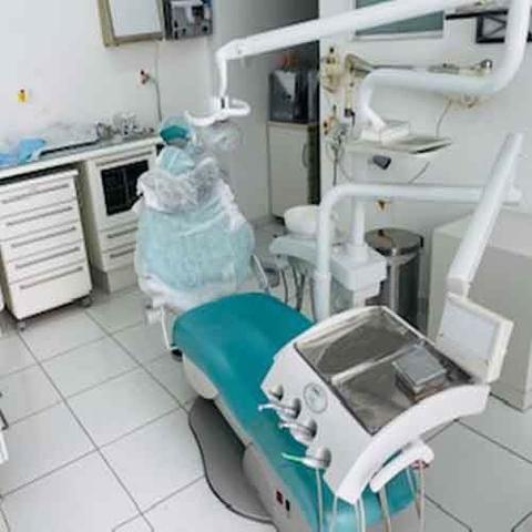 Cadeira Odontologica+raio X + Bomba Vacuo + Compressor + Armários