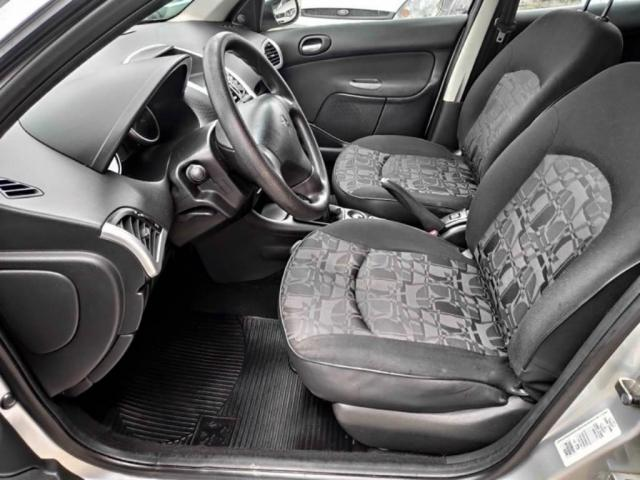 Peugeot 207 Sedan PASSION XR 1.4 2011 COMPLETO (FINANCIA TOTAL) - Foto 7