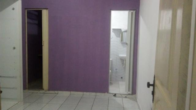Excelente kit net estilo apartamento no conjunto PAAR valor 300 reais