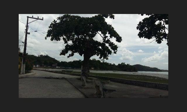*Casa de Praia em Passé -5 quartos mobiliada - Em frente ao mar da Baia de todos os Santos