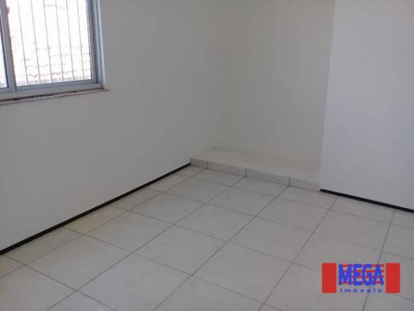 Apartamento com 2 dormitórios para alugar, 100 m² por R$ 1.100,00/mês - Amadeu Furtado - F - Foto 12