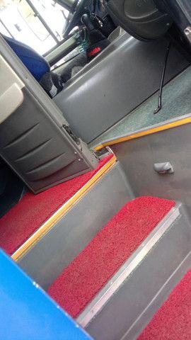 Micro ônibus rodoviário executivo Comil Piá - Foto 10