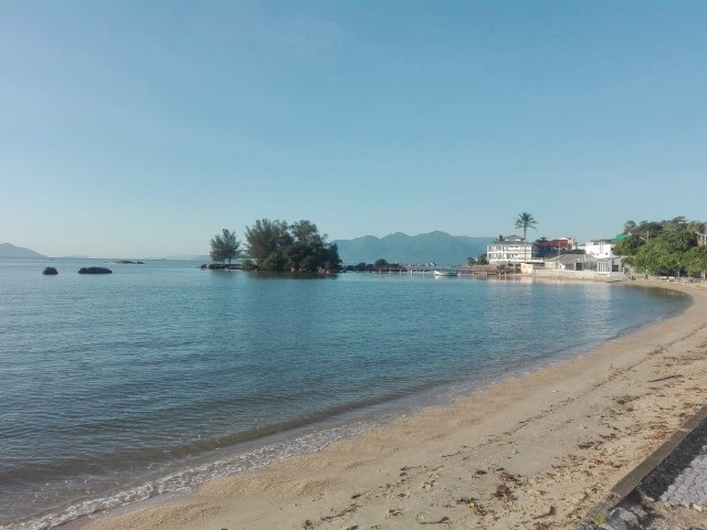 Natal Revellion ' 1 quarto 100m do mar, Florianopolis