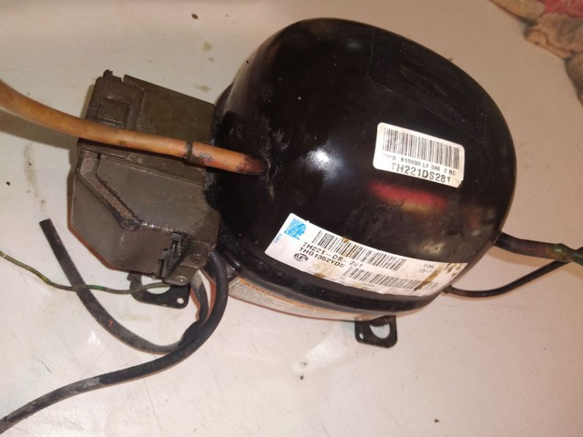 Motor de frezeer funcionando normal 270,00 - Foto 2