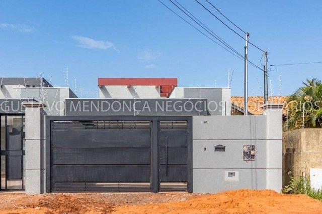 Belíssima casa térrea nova no bairro Rita Vieira 1-  Com duas suites - Foto 2