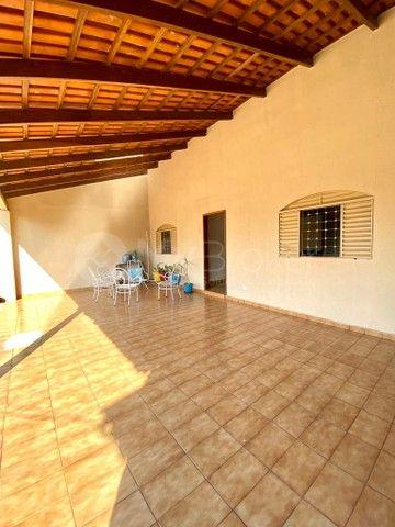 Casa com 3 quartos - Bairro Conjunto Caiçara em Goiânia