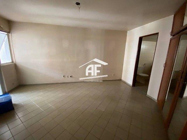 Apartamento Localizado 50 metros da orla de Ponta Verde, 3 suítes, 140m² - Foto 12