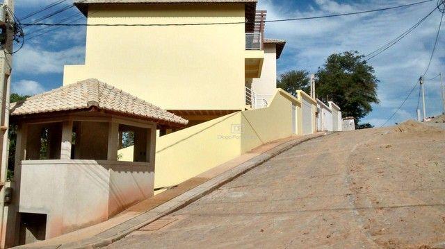 Casa em Condomínio com 03 suítes e Terreno de 225 m² - Não Geminada! - Foto 3