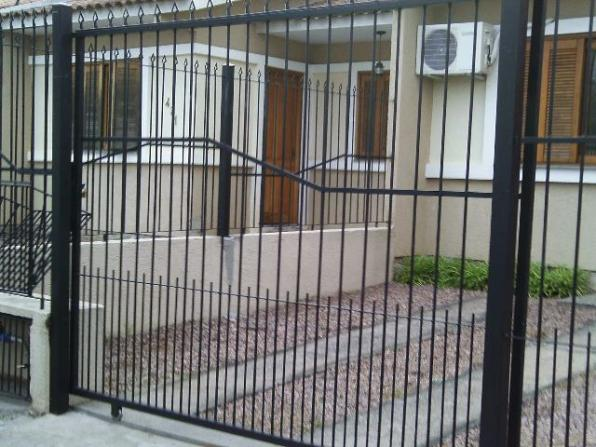 Portão de Correr R$ 990,00 à vista - Serralheria