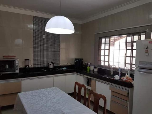 Casa em Araxá com 03 quartos - Foto 14