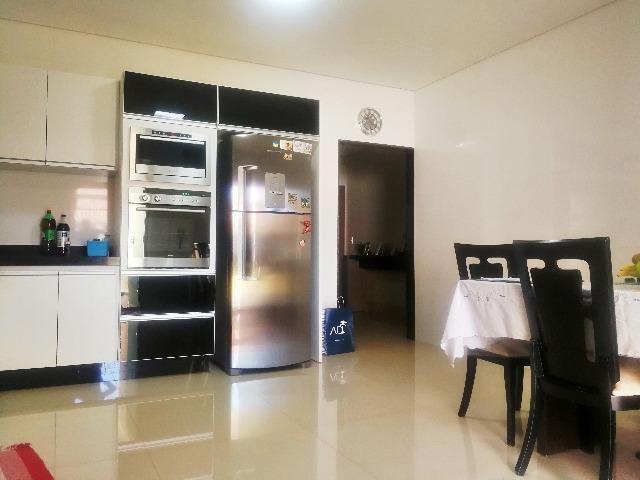 Esplêndida casa térrea alto padrão, 4 quartos, completo em armários na Vicente Pires - Foto 13