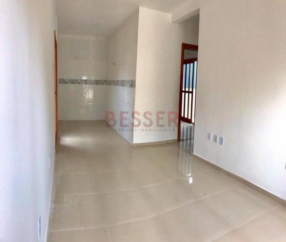 Casa nova com 2 dormitórios e ótimo pátio para lazer! - Foto 2