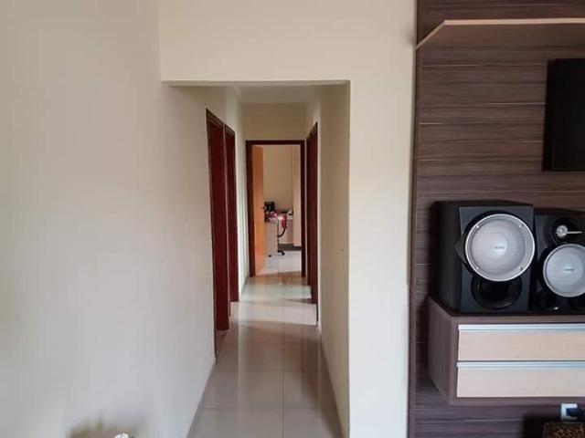 Casa em Araxá com 03 quartos - Foto 3