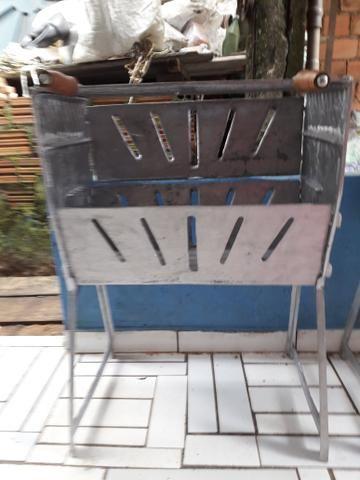 Churrasqueira de alumínio batido - Foto 3