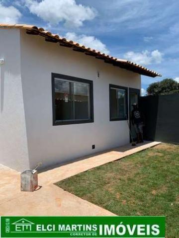 Mateus Leme, Casa no Bairro Imperatriz, com 02 quartos, sala, cozinha, garagem e área priv