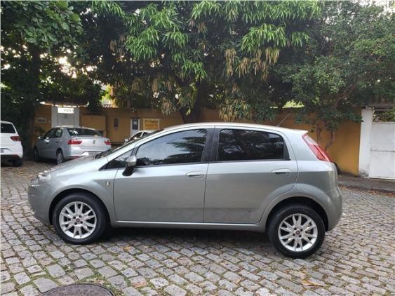 Fiat Punto 1.4 attractive italia 8v flex 4p manual - Foto 4