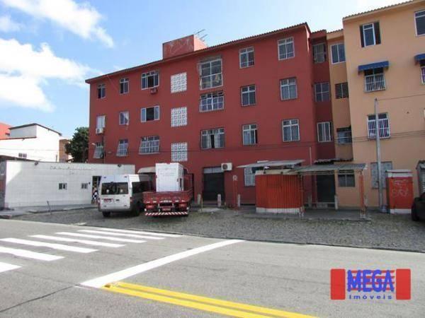 Apartamento para alugar, na Avenida Francisco Sá