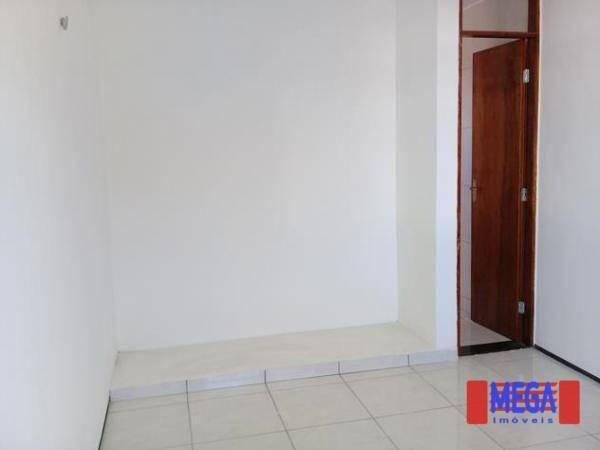 Apartamento com 2 dormitórios para alugar, 100 m² por R$ 1.100,00/mês - Amadeu Furtado - F - Foto 17