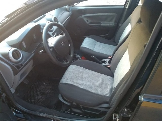 Ford fiesta sedan 2009 1.6 mpi class sedan 8v flex 4p manual - Foto 6