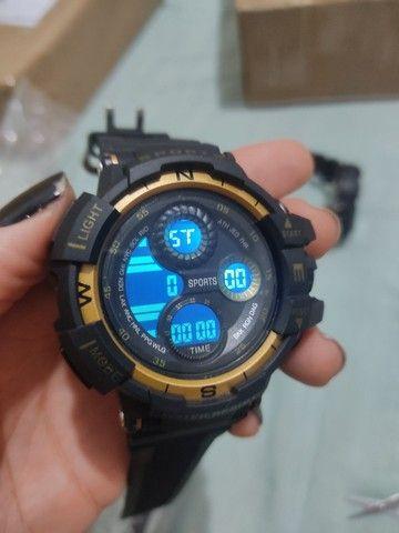 Relógio esportivo à prova d'água com Visor luminoso - Foto 3