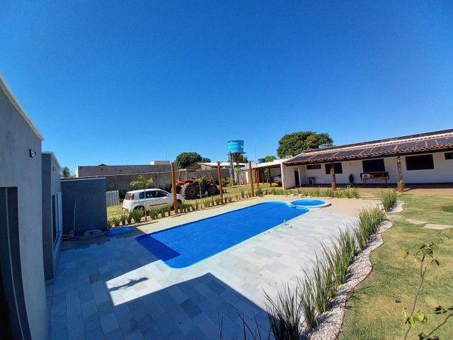 Excelente Casa Moderna com área total de 1.383m2 - Foto 2