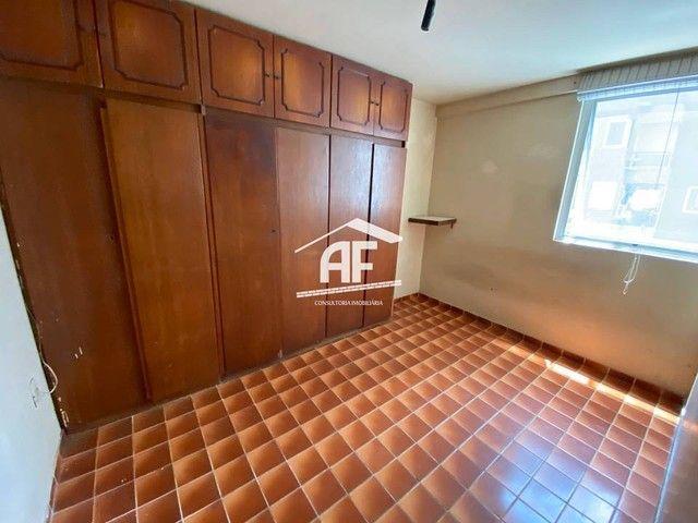 Apartamento Localizado 50 metros da orla de Ponta Verde, 3 suítes, 140m² - Foto 13