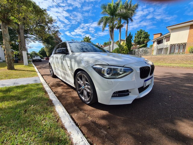 BMW M 135i - Foto 2