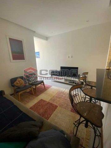 Apartamento à venda com 1 dormitórios em Flamengo, Rio de janeiro cod:LAAP12984