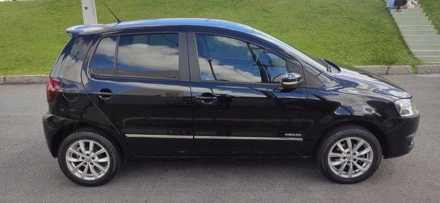 Volkswagen Fox HIGHLINE 1.6 2014 - Foto 8