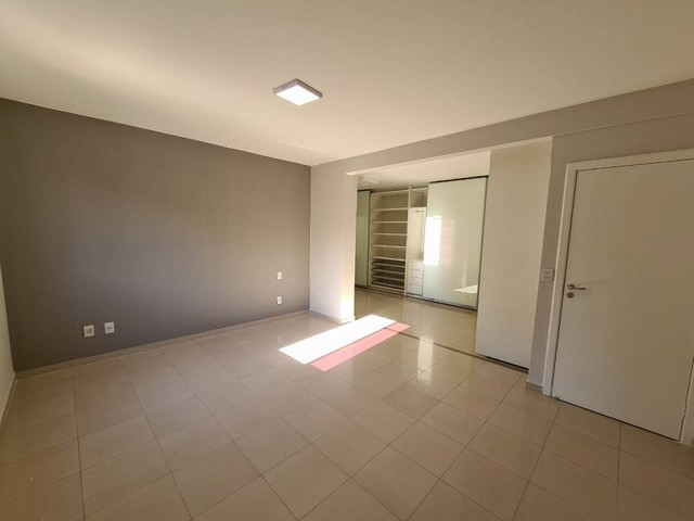 Casa de condomínio sobrado para venda tem 590 metros quadrados com 4 quartos - Foto 8