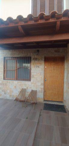 Casa 2 andares com 2dormitorios - Foto 2