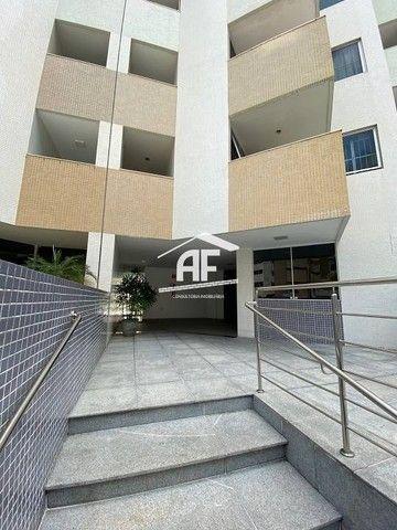Apartamento Localizado 50 metros da orla de Ponta Verde, 3 suítes, 140m² - Foto 18