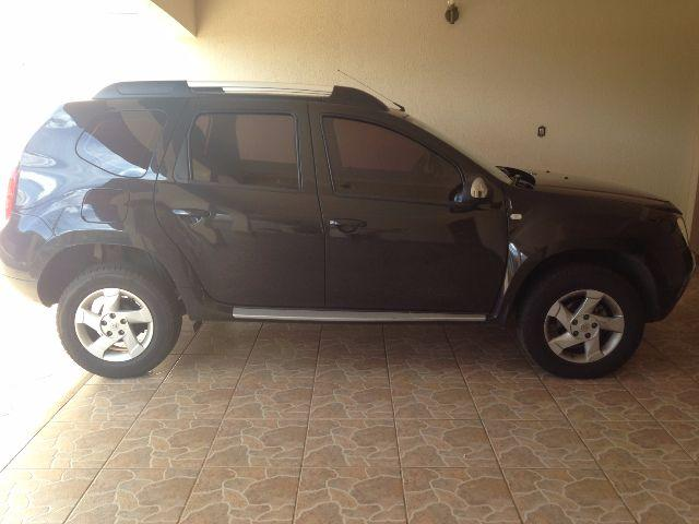 renault duster 4 pneus novos 2013 carros parque das na es americana olx. Black Bedroom Furniture Sets. Home Design Ideas