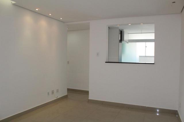 Buritis: 3 quartos, elevador, vaga livre coberta, lazer e ótimo preço.