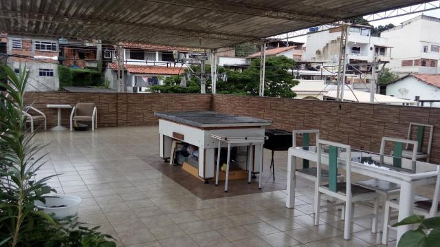 Casa com 3 dormitórios à venda, 150 m² por R$ 360.000